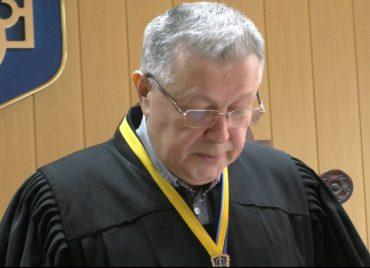 Судья Червонозаводского суда Ежов В. А.